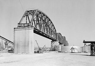 Big Four Bridge - 1975 picture of bridge