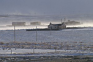 English: Blowing snow at Voesgarth Looking acr...