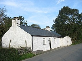 Bod Hyfryd - Traditional Welsh Cottage - geograph.org.uk - 257770.jpg
