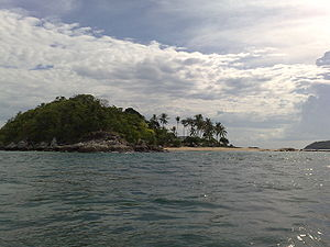 Bon_Island,_Phuket,_Thailand_April_2009