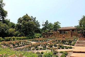 Fort Worth Botanic Garden - Image: Botanical Garden 3