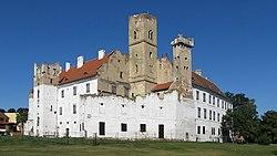 Breclav zamek 001.jpg
