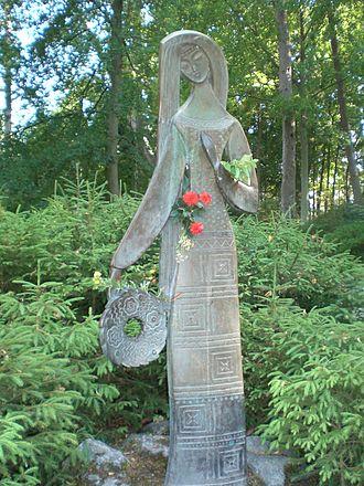 Birutė - A bronze sculpture of Birutė near her presumed grave