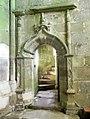 Bulat-Pestivien. Eglise. Porte escalier intérieur.jpg