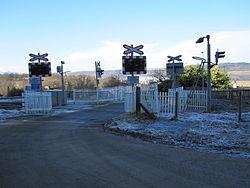 Bunchrew Level Crossing in 2010 (9572107676).jpg