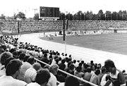 Bundesarchiv Bild 183-1986-0811-040, Dresden, Heinz-Steyer-Stadion