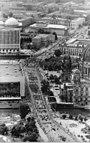 Bundesarchiv Bild 183-1987-0704-068, Berlin, 750-Jahr-Feier, Festumzug, Unter den Linden.jpg