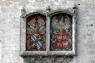 Hedwig Jagiellon, Duchess of Bavaria - Coats of arms of Duke George and Hedwig Jagiellon, Burghausen Castle.
