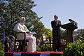 Bush applauds Benedictus XVI 2008.jpg