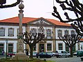 Câmara Municipal de Penafiel (88288600).jpg