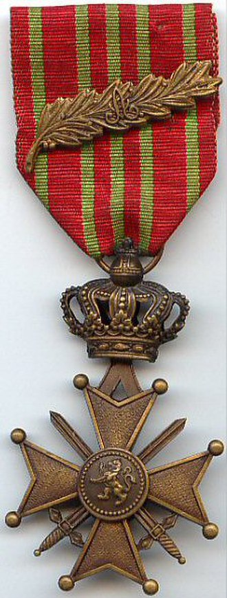 Croix de guerre (Belgium) - World War I Croix de guerre with Palm (obverse)