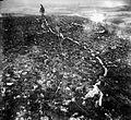 COLLECTIE TROPENMUSEUM Dit pseudorif met een ondergrond van koraalkalksteen ligt op een strandterras van 420 meter boven de zee bij Ramik Soemba TMnr 10004384.jpg