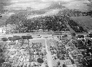 Jatinegara - Bird's-eye view of the center of the municipal of Meester Cornelis around its main station.