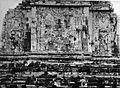 COLLECTIE TROPENMUSEUM Reliëf op de binnenzijde van de zuidelijke muur van de tempel te MendoetTjandi Mendoet. TMnr 60004711.jpg