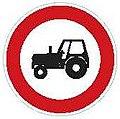 CZ-B06 Zákaz vjezdu traktorů.jpg