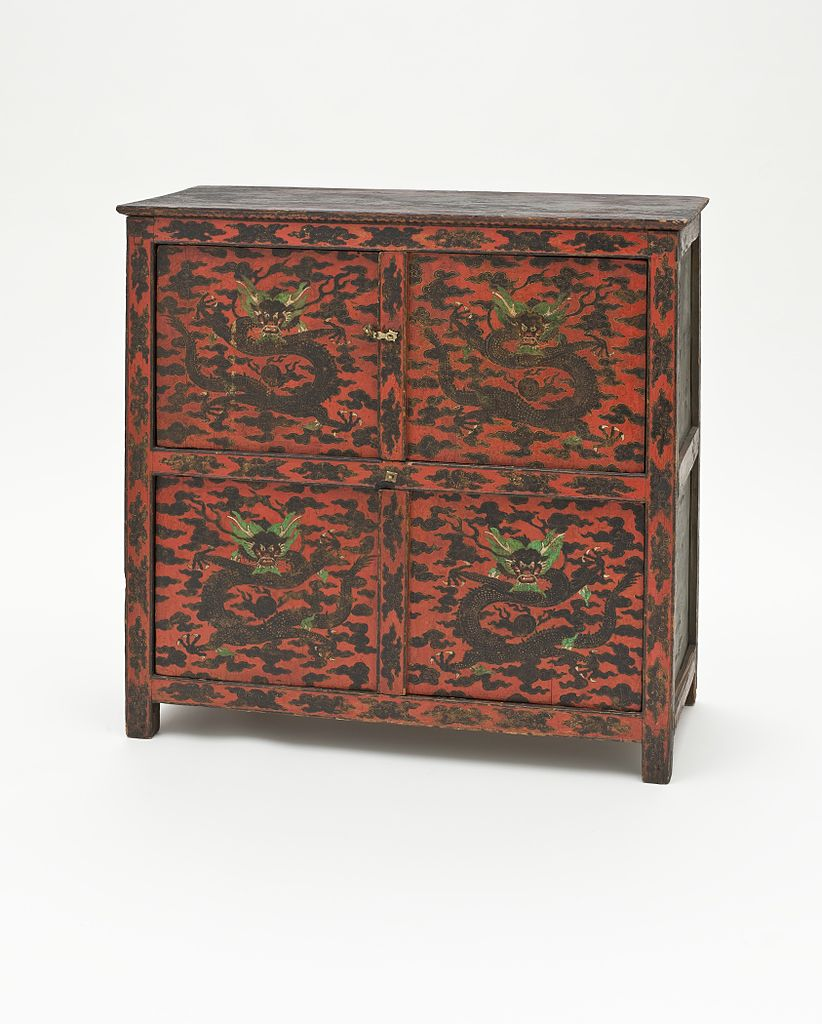 File cabinet with dragons lacma for Sideboard 3 meter lang