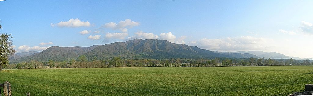 Cades Cove in Smoky Mountains National Park