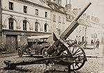 Canon capturé aux Allemands lors de la récente victoire de l'Oise exposé sur la place de Villers-Cotterêts (15147436025) (cropped).jpg