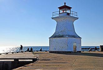 Cape Tormentine, New Brunswick - Cape Tormentine Outer Wharf Light