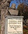 Cardenal Fray Ceferino Gonzalez, busto en Villoria (Laviana).jpg