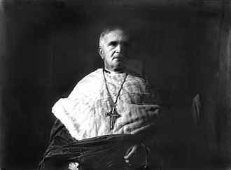 Joseph MacRory - Image: Cardinal Mac Rory October 7, 1930 (restoration)