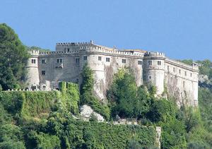 Balsorano - Image: Castello Piccolomini di Balsorano