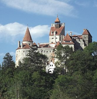 Bran Castle - Image: Castelul Bran 2012