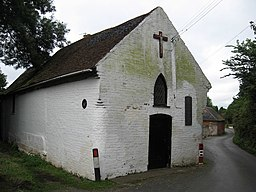 Catholic Church, Holy Cross Worcestershire - geograph.org.uk - 1446222.jpg