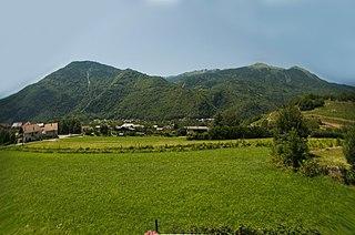Cevins Commune in Auvergne-Rhône-Alpes, France