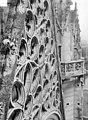 Château de Vincennes - Chapelle, côté ouest, partie supérieure de la rose - Vincennes - Médiathèque de l'architecture et du patrimoine - APMH00015939.jpg