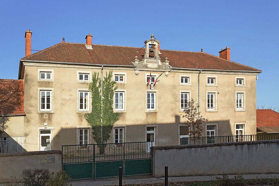 Townhall and school of Chaignay