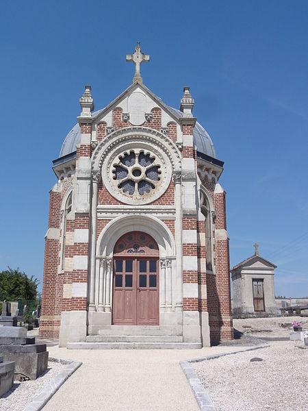 Chevresis-Monceau (Aisne) chapelle St.Frédéric au cimetière