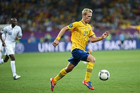 Christian Wilhelmsson Euro 2012 vs France.jpg