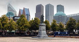 Cityscape of The Hague, viewed from Het Plein (The Square).jpg