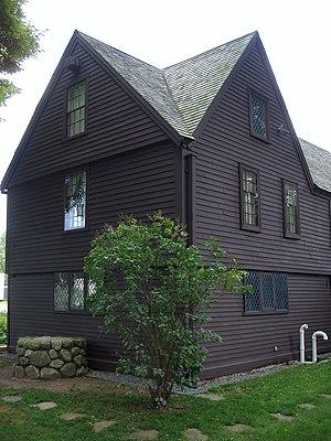 Claflin–Richards House - Rear side view.