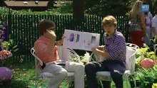 File:Cole & Dylan Sprouse Read -Jeremy Draws a Monster- - The White House video version.theora.ogv