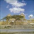 Collectie Nationaal Museum van Wereldculturen TM-20029814 Landhuis Groot Kwartier Curacao Boy Lawson (Fotograaf).jpg