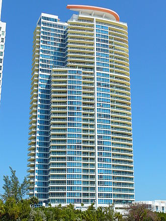 Continuum on South Beach - Image: Continuum Tower South Beach