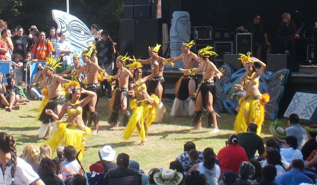Cook Island dancers at Auckland's Pasifica Festival