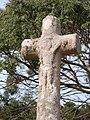 Croix dominant la plage de Saint-Guirec.jpg