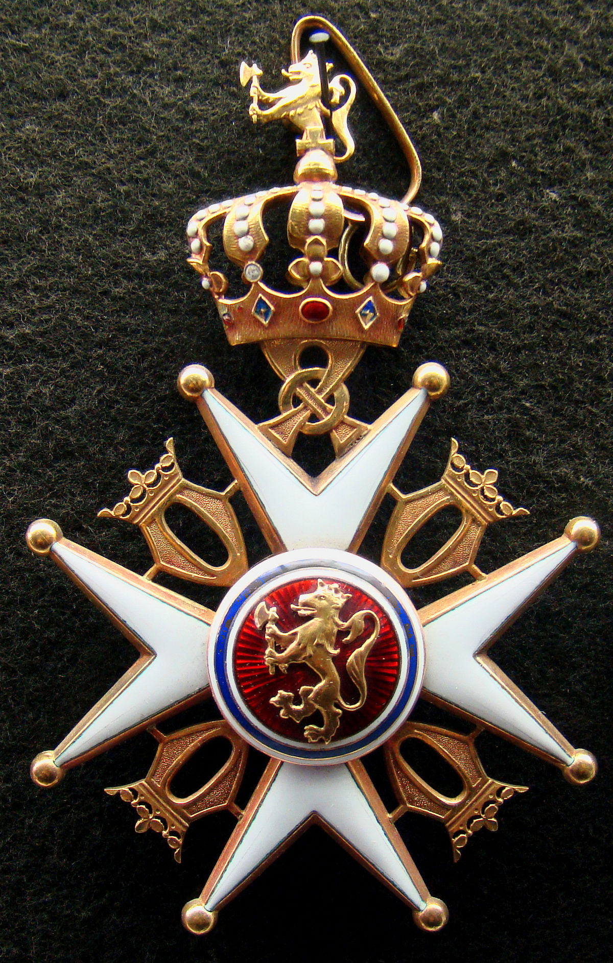 Order of St  Olav - Wikipedia