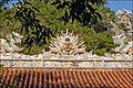 Décors de toiture de pagode (montagne de marbre, Danang) (4412746757).jpg