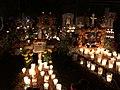 Día de Muertos. Panteón de Tzintzuntzan, Michoacán, México.jpg