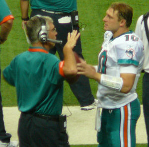 Chad Pennington - Pennington (right) with Miami Dolphins quarterbacks coach David Lee in 2009.