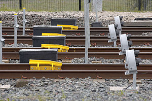 Depot Personnel Protection System - Shunt signals and derailer protecting a depot