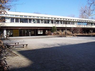 Dillmann gymnasium februar 2004.JPG