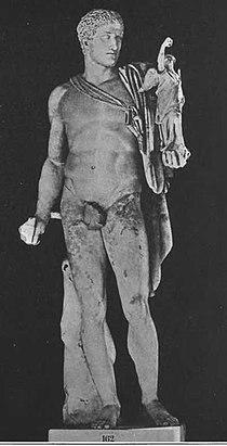 Scultura di Diomede con il Palladio nella Gliptoteca di Monaco di Baviera