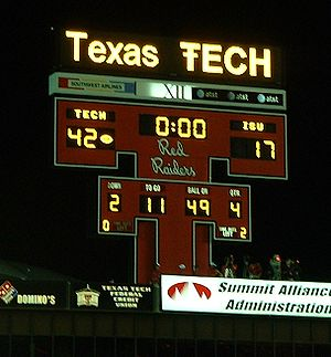 Jones AT&T Stadium - Double T scoreboard