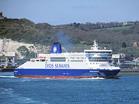 Dover Seaways quitte Douvres pour Dunkerque (8714432365) .jpg