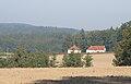 Držovská hájenka v pohledu z Bujanova.JPG